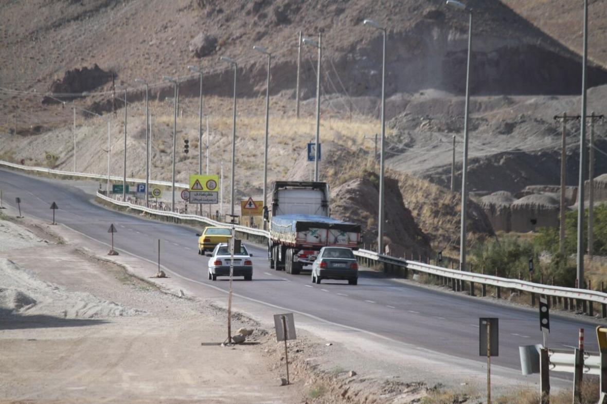 خبرنگاران تردد در جاده های اصفهان 43 درصد کاهش یافت