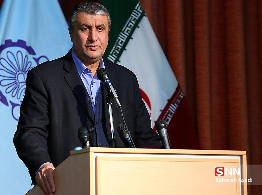 اسلامی: در این سال سخت، پیشرفت کشور تعطیل نشد، از خداوند سالی پر برکت برای مردم شریف ایران آرزو دارم