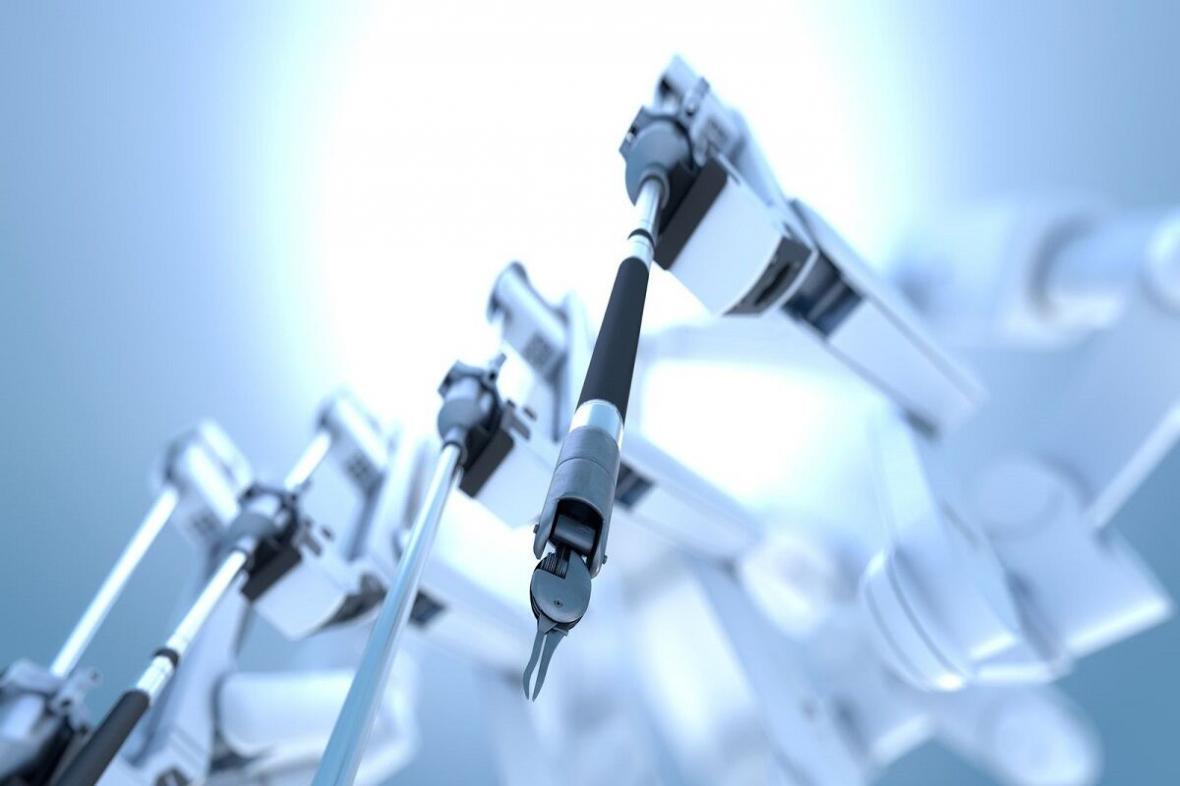 استفاده پزشکان چینی از ربات در جراحی مغز