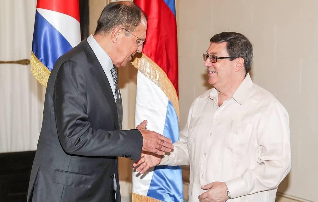 گفت وگوی تلفنی وزرای خارجه روسیه و کوبا