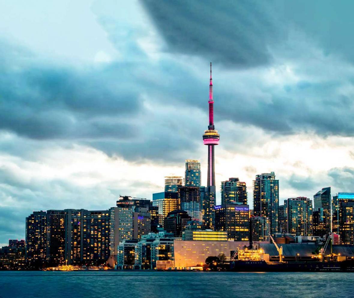 بازداشت یک نفر در کانادا به اتهام کوشش برای انجام عملیات تروریستی