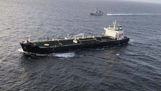 کوشش آمریکا برای توقیف 4 نفتکش ایرانی در راه ونزوئلا