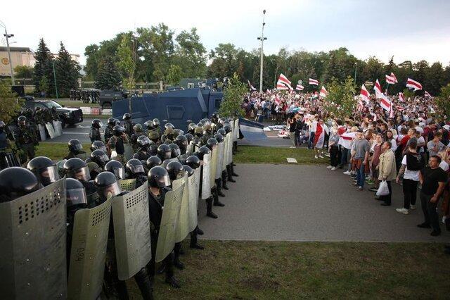 آمریکا اعمال تحریم بر مینسک را بررسی می کند