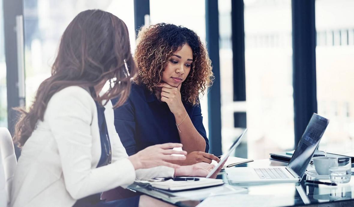 در شرایط مالی پس از پاندمی ،یک سوم زنان شاغل کانادایی به انصراف از کار فکرمی نمایند