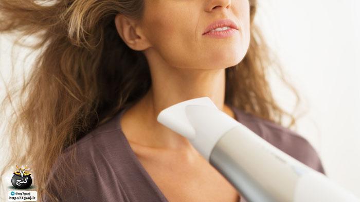 بزرگترین اشتباهاتی که هنگام خشک کردن مو با سشوار مرتکب می شوید