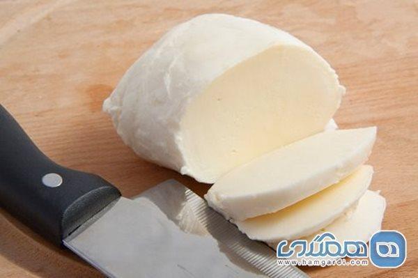 خواص پنیر برای درمان میگرن