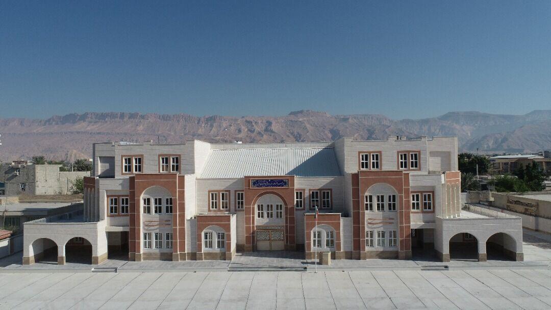خبرنگاران مدرسه 18 کلاسه پارسیان به بهره برداری رسید