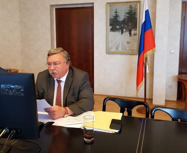 خبرنگاران مقام روس آمریکا را به شروع جنگ سرد متهم کرد