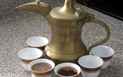 طرز تهیه قهوه عربی ؛ نوشیدنی اصیل اهوازی