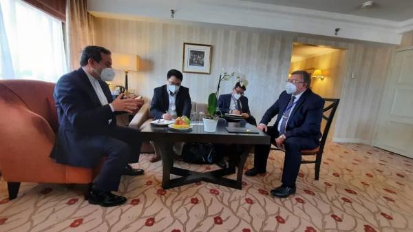 خبرنگاران مذاکره هیات ایرانی با نمایندگان روسیه و چین
