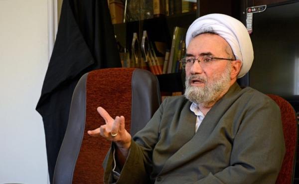 مسیح مهاجری: نه رئیس جمهور روحانی برای کشور مناسب است نه نظامی